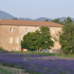 monastere-taulignan-exterieur-1
